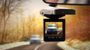 7 Reasons to Use Dash Camera