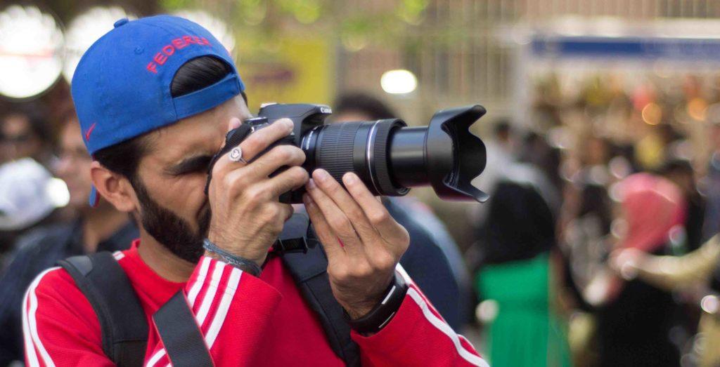 camera-camera-lens-cameraman